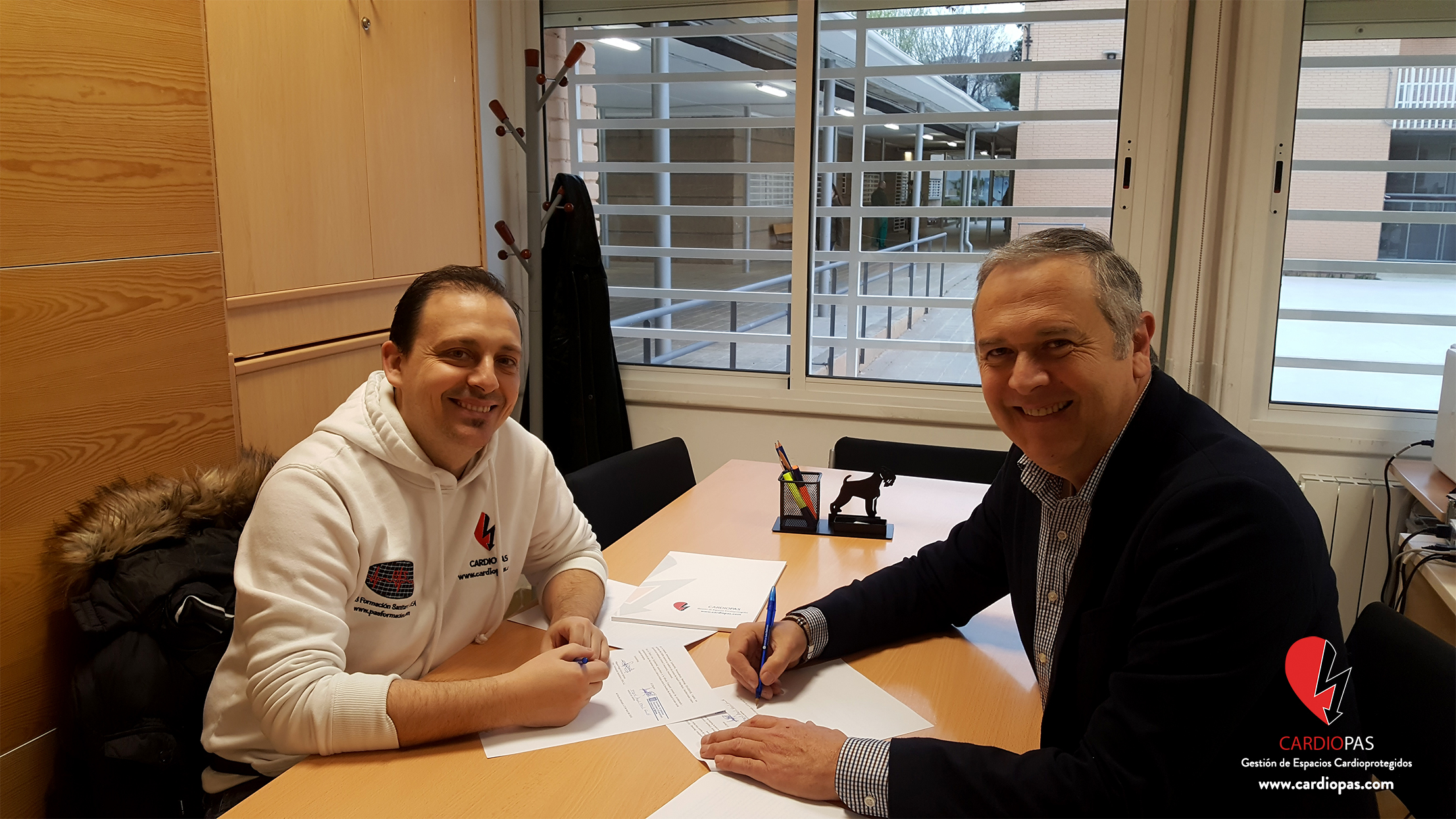 El pasado día 13 de marzo se firmó un nuevo convenio de colaboración entre el IES Les Salines y CARDIOPAS. Gestión de Espacios Cardioprotegidos, que demuestra la preocupación y responsabilidad… Leer más